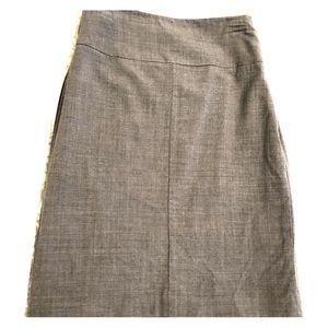 Banana Republic grey wool pencil skirt size 6P